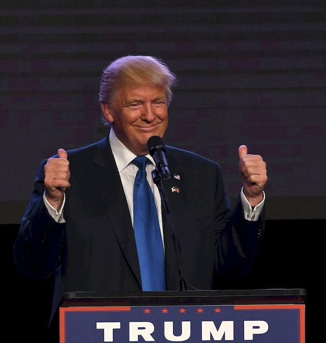 Kim Kardashian zagłosuje na... Donalda Trumpa?!