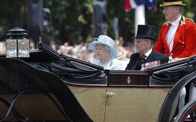 Księżniczka Charlotte i książę Jerzy u prababci na urodzinach (ZDJĘCIA)