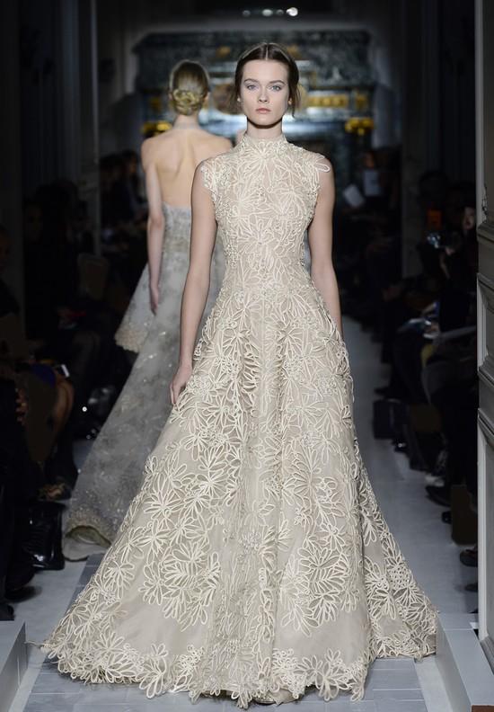 Anne Hathaway w ostatniej chwili zmieniła suknię na Oskary