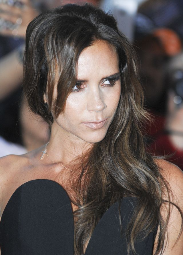 Ona wygląda jak Victoria Beckham! Gwiazda ma zaginioną bliźniaczkę?