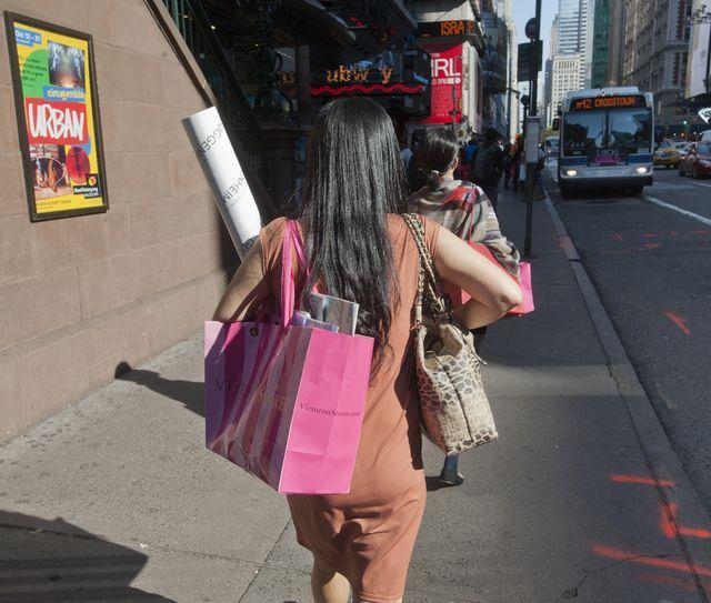 Klientka Victoria's Secret OBURZONA pytaniem, jakie zadała jej sprzedawczyni