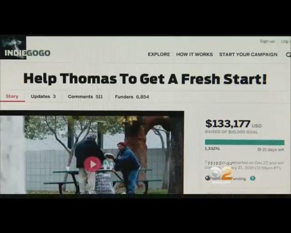 Film z bezdomnym, który dostał 100 dolarów był ustawką? [VID