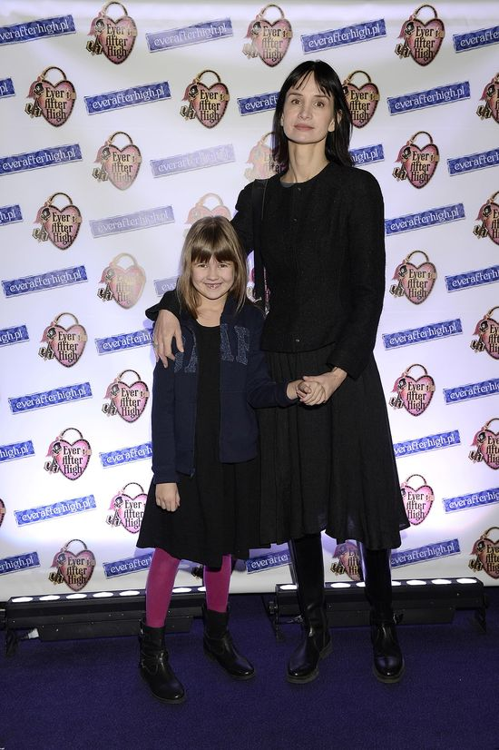 Viola Kołakowska zabrała córeczkę na salony (FOTO)