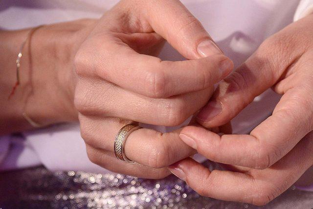 Przed ślubem iskrzyło, a po ślubie... (FOTO)