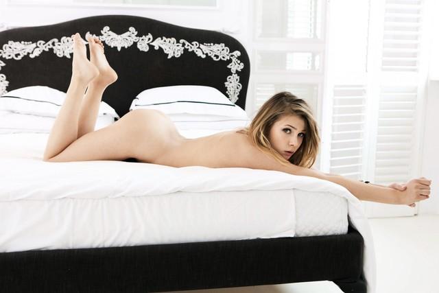 Mamy nowe zdjęcia Marty Wierzbickiej dla Playboya! (FOTO)