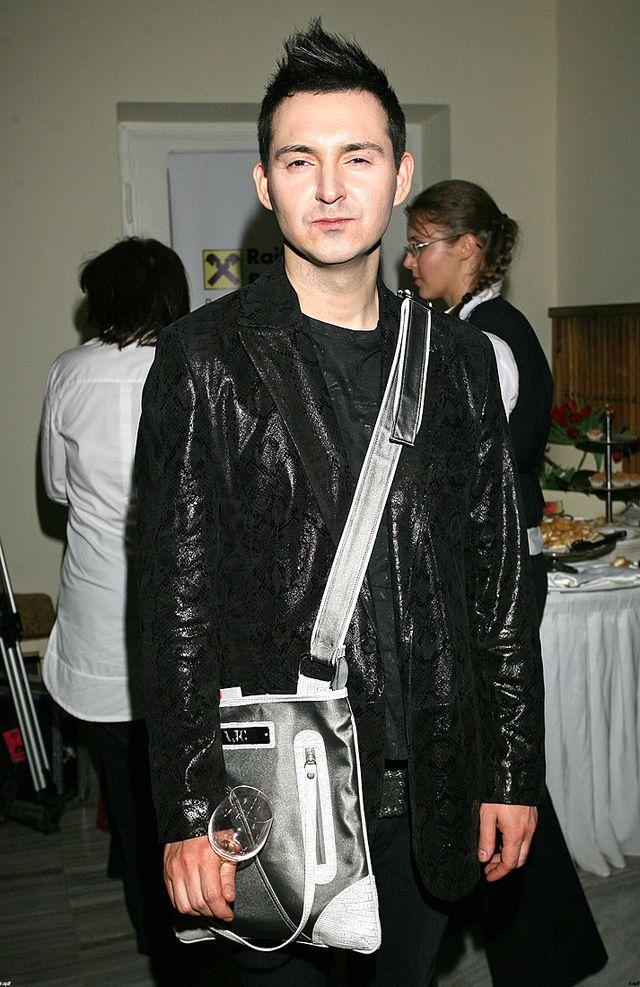 Co si� sta�o z ca�kiem przystojnym Micha�em Witkowskim?