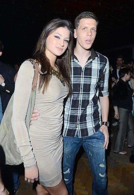 Wojciech Szczęsny z dziewczyną na gali Playboya (FOTO)