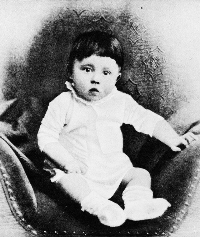 Jeb Bush: Tak, do diabła! Zabiły Hitlera - dziecko
