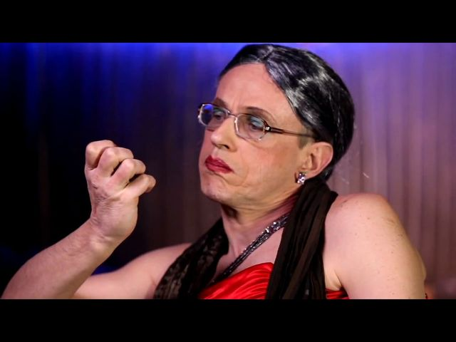 Kabaret Pod Wyrwigroszem: Ja nie wielbię jej [VIDEO]