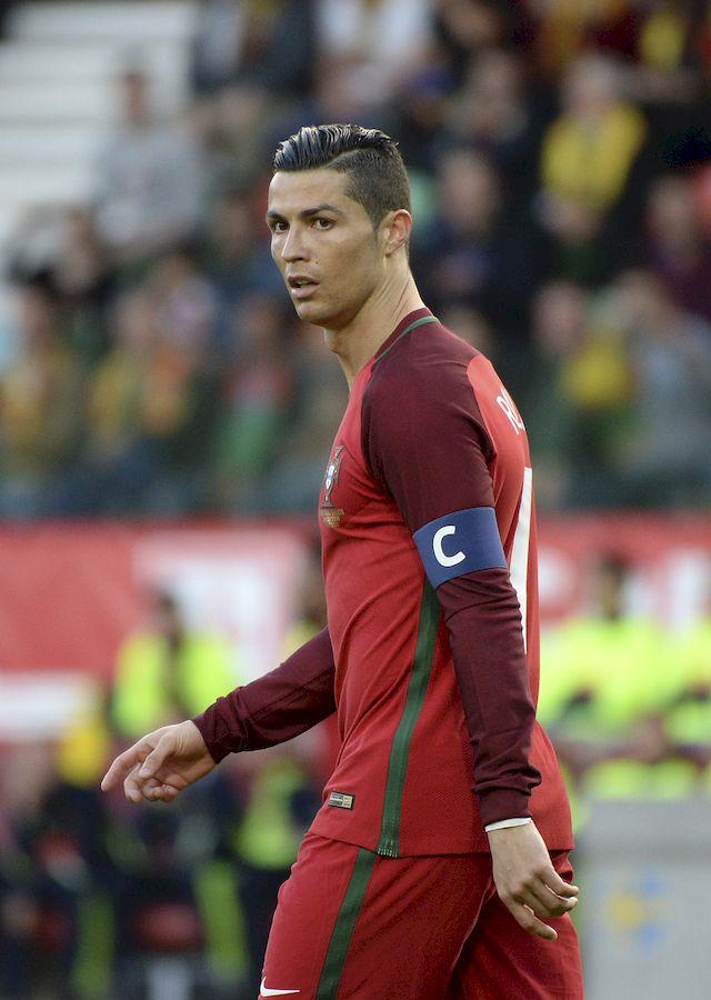 Cristiano Ronaldo ZNOWU będzie ojcem?! TO zdjęcie wywołało plotki