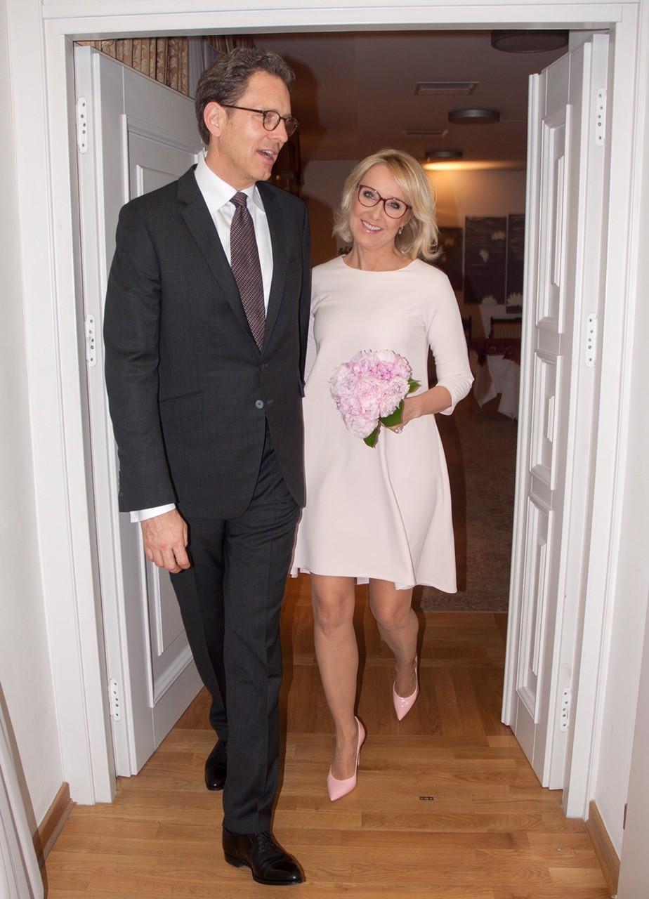 Do ślubu w sukni Agaty Młynarskiej
