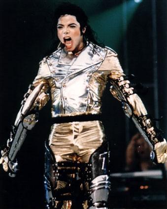 Michael Jackson bankrutuje!