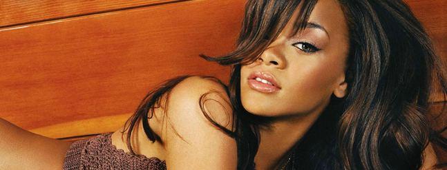 Rihanna o operacjach plastycznych