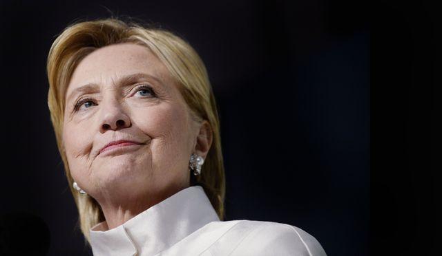 Jeszcze nikt tak nie zadrwił z choroby Hillary Clinton, jak Jimmy Fallon