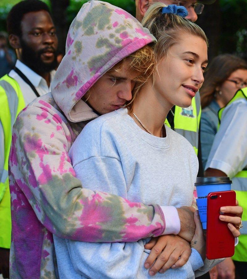 Przez TO zdjęcie Hailey Baldwin potwierdziła, że planuje z Bieberem dziecko?