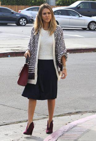 Jessica Alba na zakupach jak na wybiegu (FOTO)