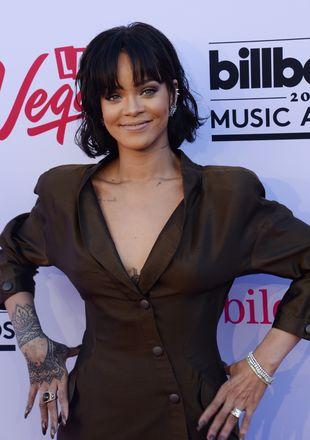 Rihanna zjawiła się w McDonald's… i zrobiła zamieszanie! (VIDEO)