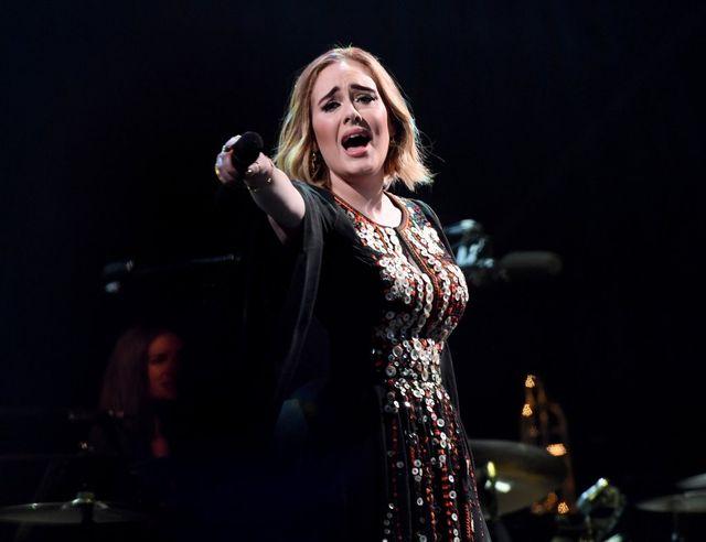 Szokujące wyznanie Adele. Żałowała urodzenia dziecka?