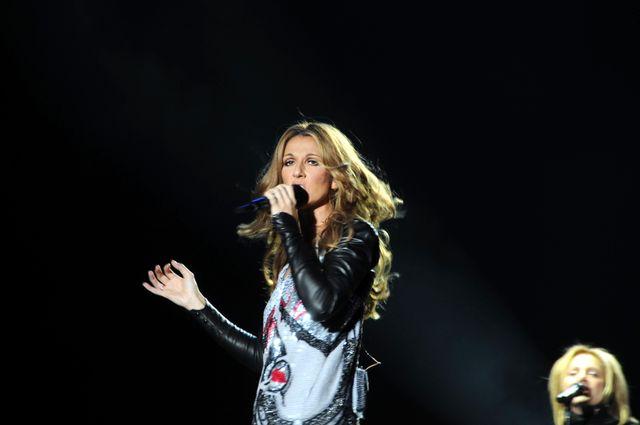 Oświadczył się przed Celine Dion! Jej reakcja mówi sama za siebie (FOTO)