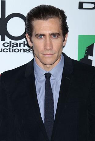 Jake Gyllenhaal – ależ on schudł! (FOTO)