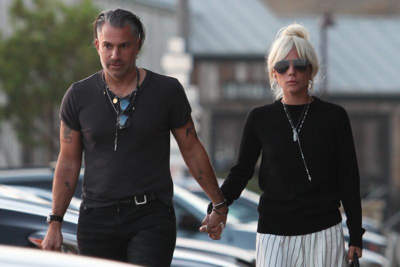Lady Gaga zaręczyła się! Zobaczcie, jakiego ma narzeczonego!