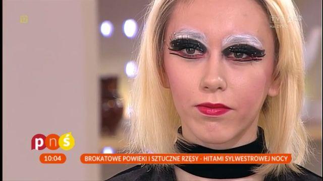 Ada Fijał nałożyła na siebie słynny makijaż sylwestrowy z Pytania na Śniadanie