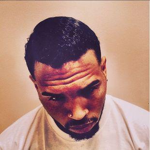 Chris Brown jest wściekły na mamę córki i jej chłopaka