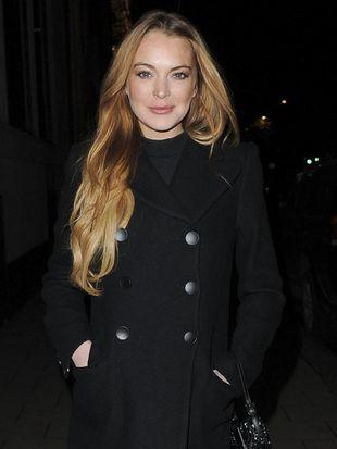 Ojciec Lindsay Lohan chce POBIĆ jej narzeczonego!
