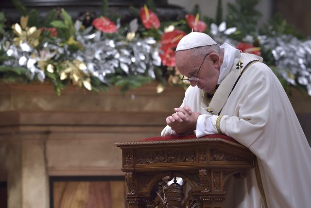 Papież Franciszek ponownie zaskakuje! Co na to polscy duchowni?