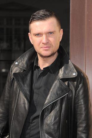 Maciej Zie�