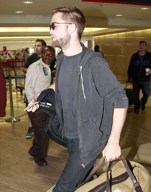Pattinson znalazł w telefonie Kristen smsy od Sandersa!