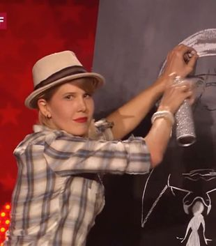 Niesamowita artystka w szwajcarskim Mam Talent! (VIDEO)
