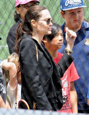 Dla Angeliny Jolie spokojny wypad do parku to luksus (FOTO)