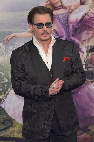 Johnny Depp trafił do… SZPITALA PSYCHIATRYCZNEGO?!