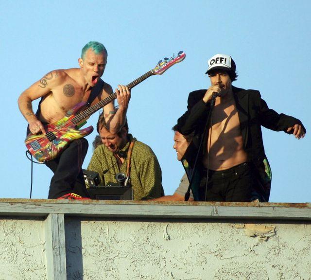 Co za wpadka! Muzycy Red Hot Chili Peppers pomyleni… z Metallicą!