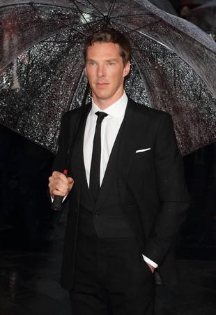 Benedict Cumberbatch wie, jaki Sherlock jest W ŁÓŻKU