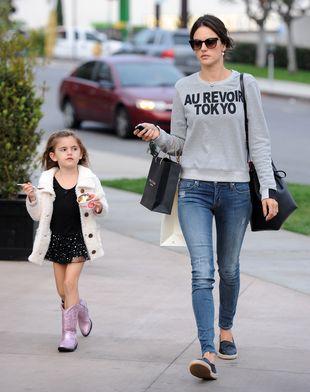 Córeczka Alessandry Ambrosio to mała modnisia (FOTO)