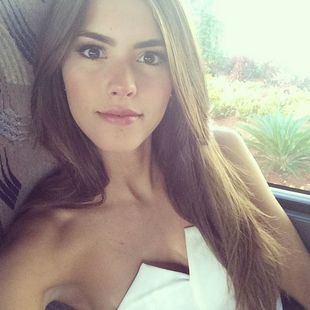 paulina vega.miss universe 2015