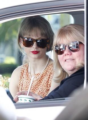 Matka Taylor Swift odmawiała jej fast-foodów