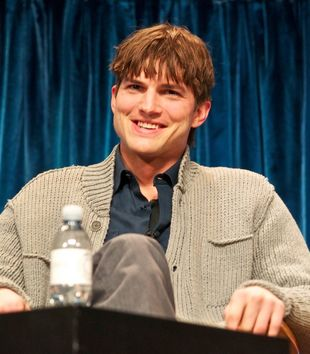Ashton Kutcher jako Steve Jobs (VIDEO)