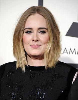 Zastanawiałeś się kiedyś, jak Adele wygląda bez czarnych kresek na powiekach?