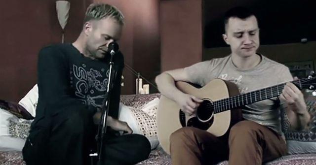 Cezik zaśpiewał z samym Stingiem! (VIDEO)
