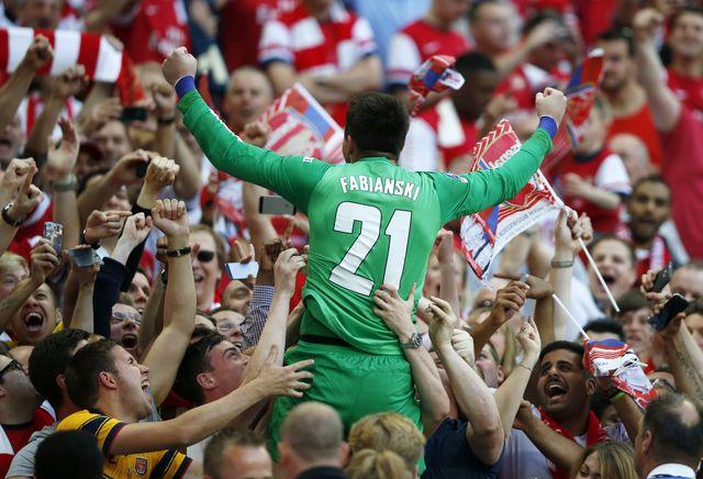 Wzruszające powitanie Łukasza Fabiańskiego po Euro 2016 (VIDEO)