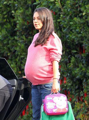 Mila Kunis urodziła! Chłopiec, czy dziewczynka?
