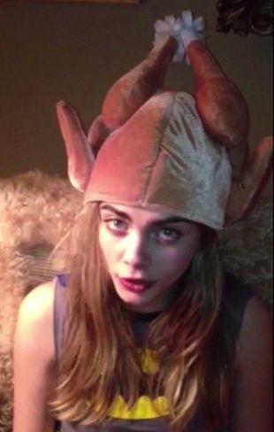 Cara Delevingne przygotowała nietypowe życzenia (VIDEO)
