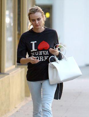 Twarz Chanel bez makijażu już tak nie zachwyca? (FOTO)