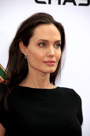Angelina Jolie WŚCIEKŁA na Brada Pitta! Poszło o…