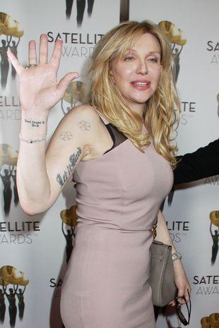 Courtney Love wygląda coraz lepiej? (FOTO)