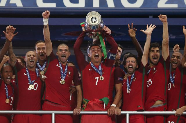 Cristiano Ronaldo udowodnił, że mogłby być dobrym… trenerem? (VIDEO)