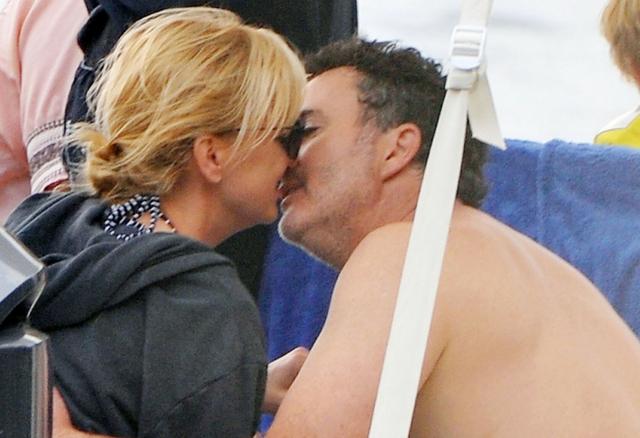 TE zdjęcia pokazują, że Anna Faris nie żałuje rozwodu z Chrisem!
